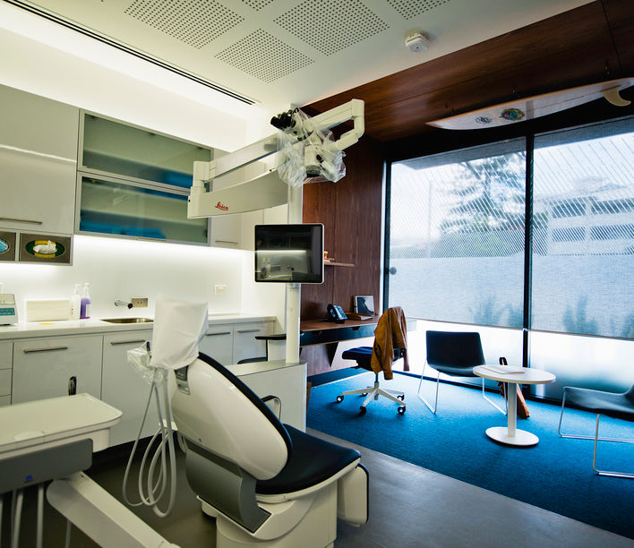Endodontic Clinic - Surroundings Architecture, Photographer: Jon Henzell